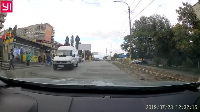 Очередной треш на дороге